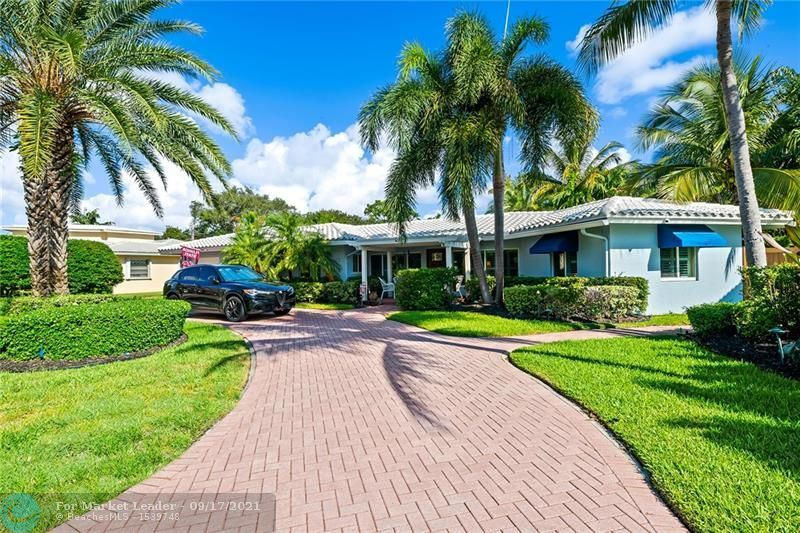Photo of 2701 NE 27th St, Fort Lauderdale, FL 33306 (MLS # F10300619)