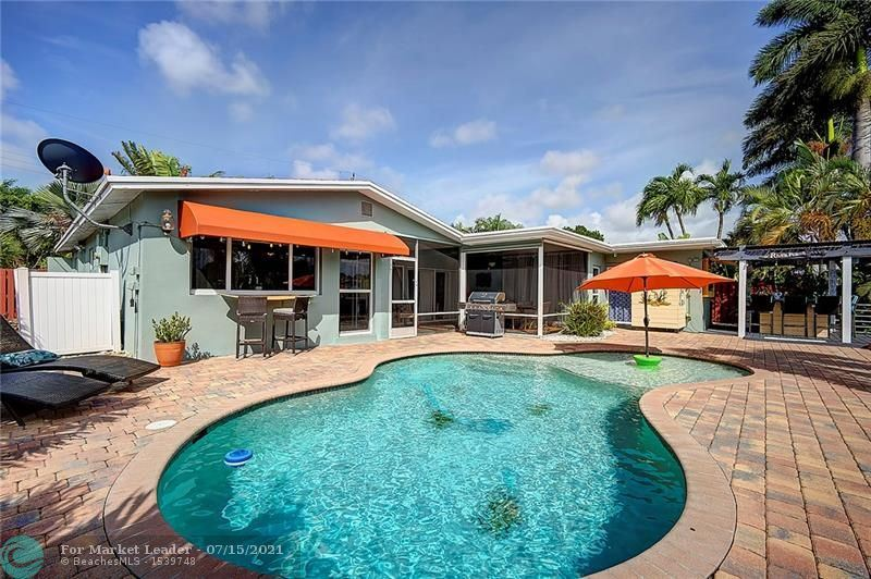 Photo of 2011 NW 36th St, Oakland Park, FL 33309 (MLS # F10292621)