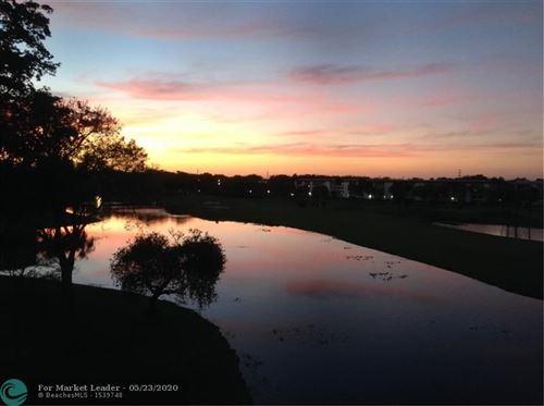 Foto de inmueble con direccion 2903 Victoria Cir #O4 Coconut Creek FL 33066 con MLS F10218622