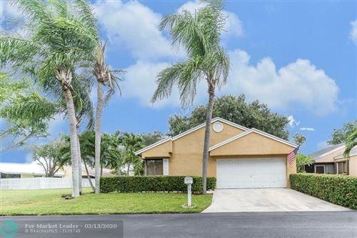Photo of 1 W Chesterfield Dr, Boynton Beach, FL 33426 (MLS # F10216628)