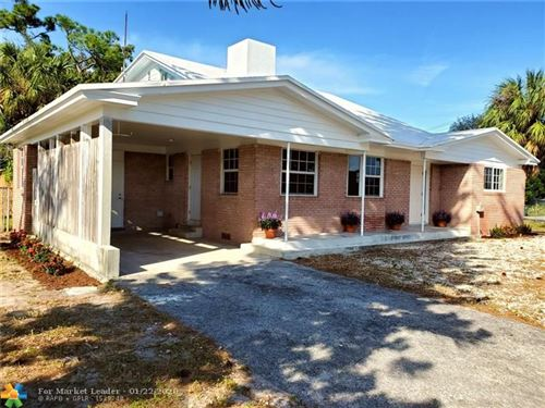 Photo of Listing MLS f10212630 in 501 NW 40th Ct Oakland Park FL 33309