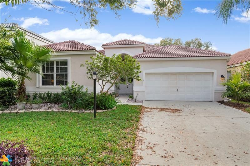 Photo for 7970 NW 66th Terrace, Parkland, FL 33067 (MLS # F10161633)