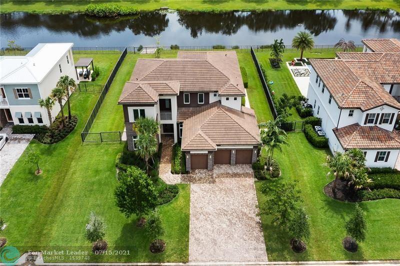 Photo of 5458 E Stillwater Shores Dr, Davie, FL 33314 (MLS # F10292636)