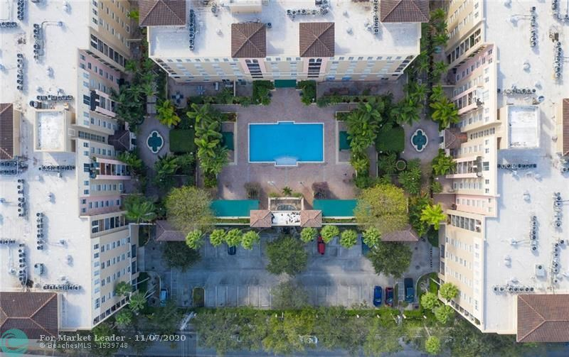 Photo of 520 SE 5th Ave #PH2704, Fort Lauderdale, FL 33301 (MLS # F10257638)
