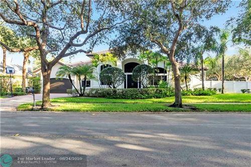 Photo of 3348 Hollywood Oaks Dr, Hollywood, FL 33312 (MLS # F10232640)