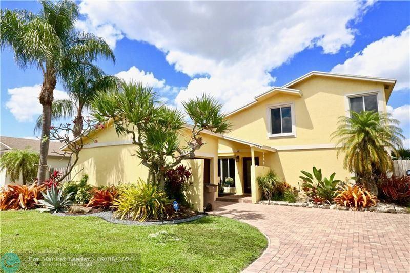 Photo of 3933 NW 1st Dr, Deerfield Beach, FL 33442 (MLS # F10247644)