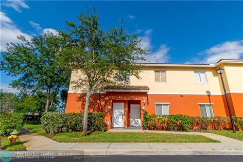 Photo of 3310 PALOMINO DRIVE #611-6, Davie, FL 33024 (MLS # F10283651)
