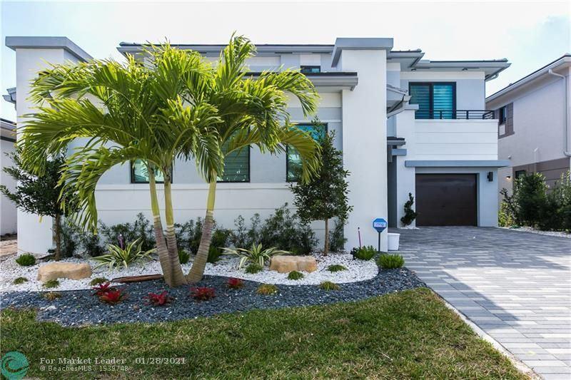 Photo of 10850 Oceano Way, Parkland, FL 33076 (MLS # F10268652)