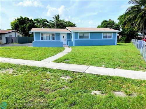 Photo of 1119 NW 18th St, Fort Lauderdale, FL 33311 (MLS # F10249653)