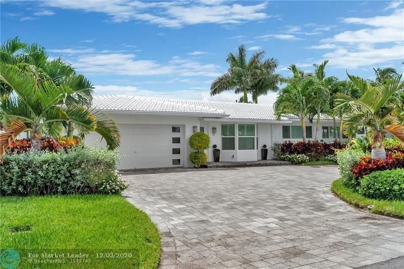 Photo of 43 FORT ROYAL ISLE, Fort Lauderdale, FL 33308 (MLS # F10243657)