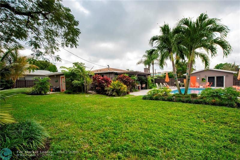 Photo of 517 NE 23rd St, Wilton Manors, FL 33305 (MLS # F10243659)