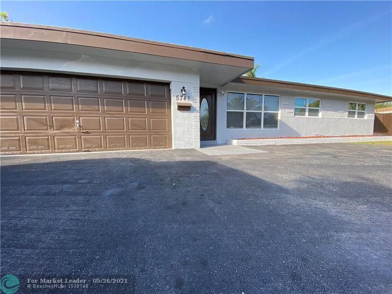 Photo of 5741 SW 1st St, Plantation, FL 33317 (MLS # F10283659)