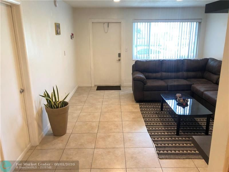 Photo of 2175 NE 56th St #107, Fort Lauderdale, FL 33308 (MLS # F10232661)