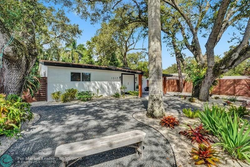 Photo of 1517 SW 19th Ave, Fort Lauderdale, FL 33312 (MLS # F10250661)