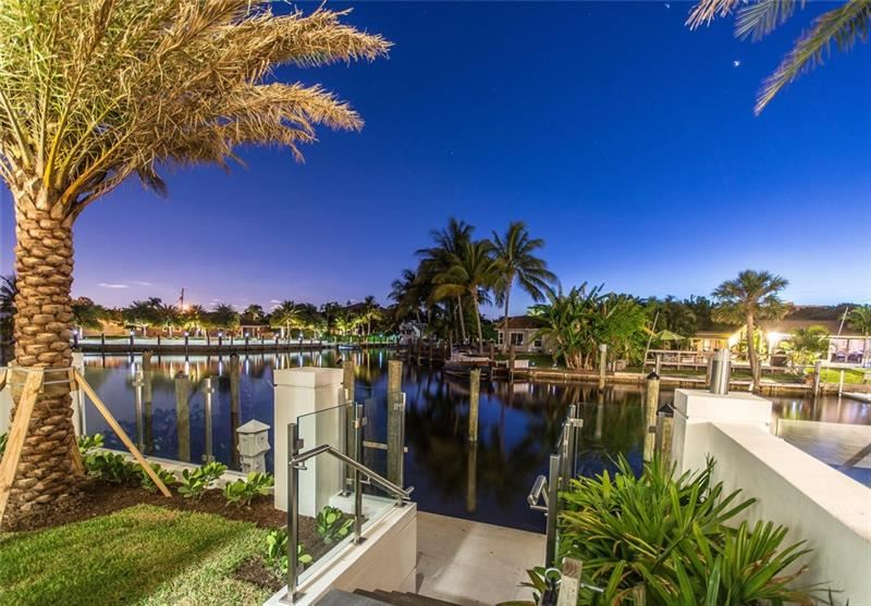 Photo of 248 Garden Ct, Lauderdale By The Sea, FL 33308 (MLS # F10258661)