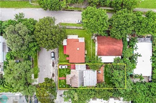 Photo of 591 NW 34th St, Miami, FL 33127 (MLS # F10284663)