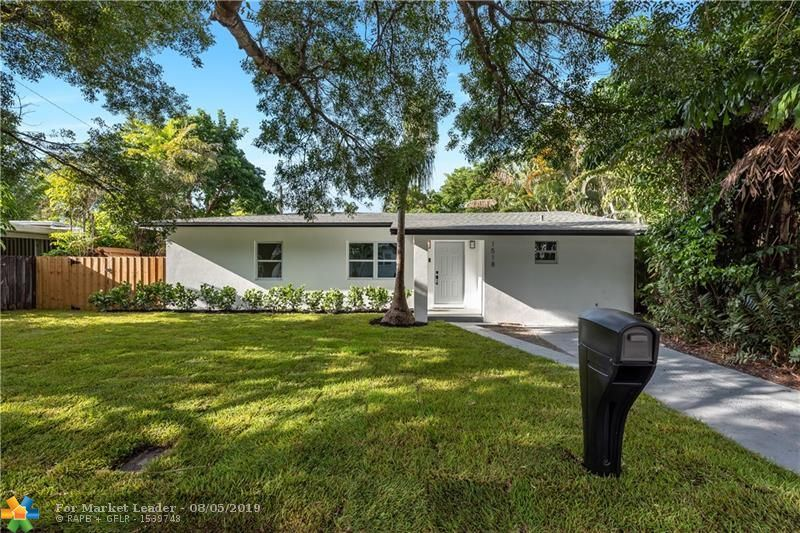 Photo of 1518 SW 12th Ct, Fort Lauderdale, FL 33312 (MLS # F10187665)