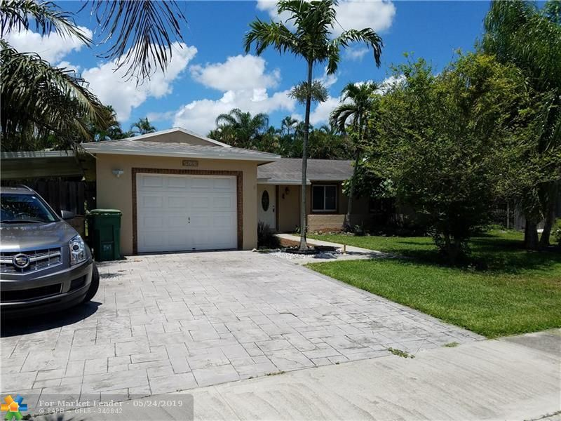 Photo for 12831 SW 10th Ct, Davie, FL 33325 (MLS # F10175668)
