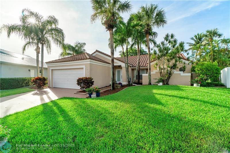 Photo of 4702 NW 1st Dr, Deerfield Beach, FL 33442 (MLS # F10292669)
