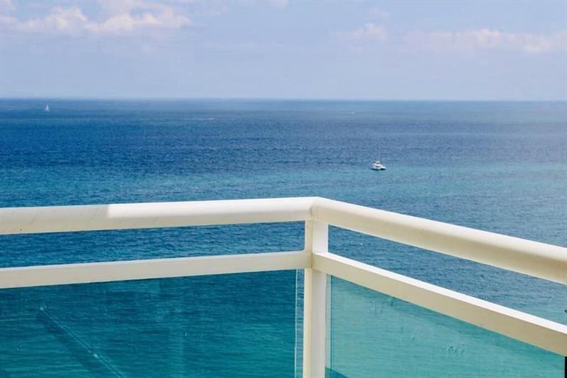 Photo of 3900 Galt Ocean Dr #2105, Fort Lauderdale, FL 33308 (MLS # F10250680)