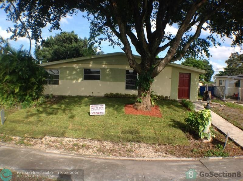 Photo of 3730 SW 58th Ter, Davie, FL 33314 (MLS # F10263685)