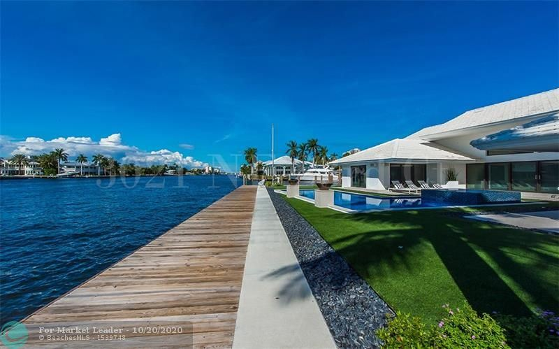 Photo of 3021 NE 23rd Ct, Fort Lauderdale, FL 33305 (MLS # F10254686)