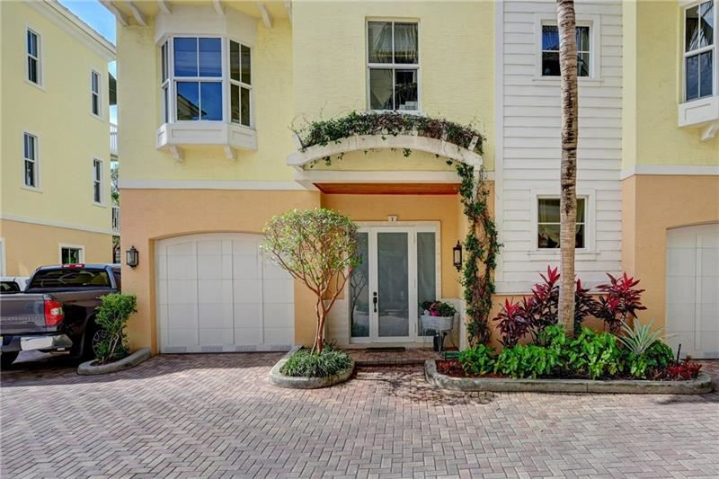 Photo of 4332 Seagrape Dr #3, Lauderdale By The Sea, FL 33308 (MLS # F10281686)