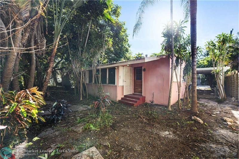 Photo of 734 NE 17th Rd, Fort Lauderdale, FL 33304 (MLS # F10253689)