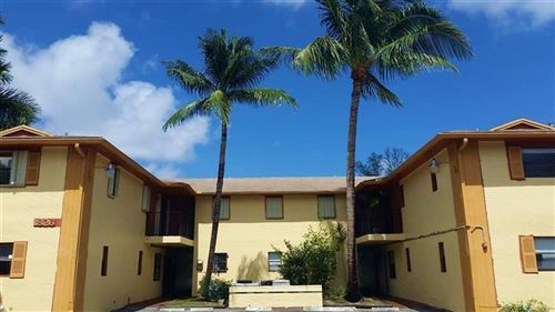 Photo of 1826 N Dixie Hwy #202, Fort Lauderdale, FL 33305 (MLS # F10267691)