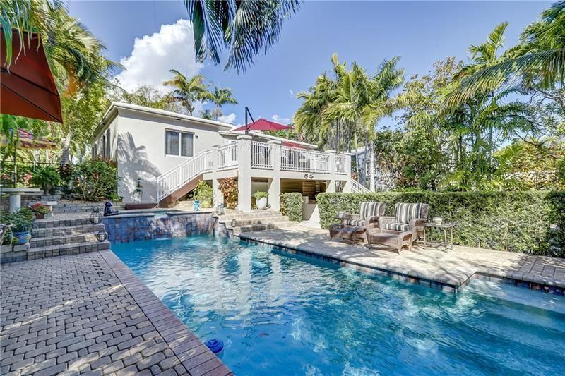 Photo of 514 N Victoria Park Terrace, Fort Lauderdale, FL 33301 (MLS # F10271697)