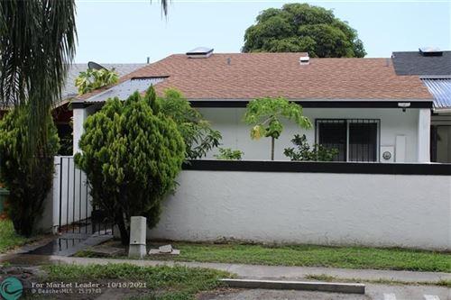 Photo of 432 NW 8th St, Miami, FL 33136 (MLS # F10304699)