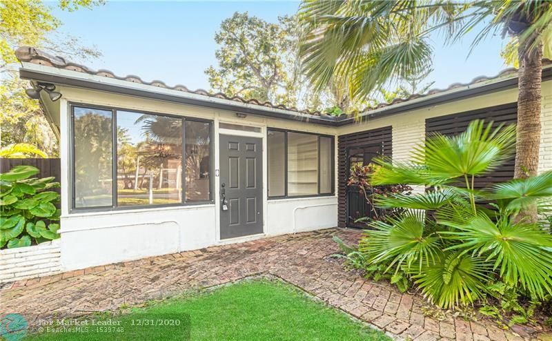 Photo of 1114 SW 19th St, Fort Lauderdale, FL 33315 (MLS # F10260701)