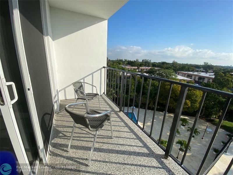 Photo of 1800 N Andrews Ave #6B, Fort Lauderdale, FL 33311 (MLS # F10223704)