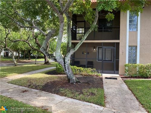 Photo of 423 Lakeview Dr #101, Weston, FL 33326 (MLS # F10212705)