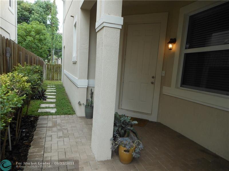Photo of 1108 NW 2 AV #1108, Fort Lauderdale, FL 33311 (MLS # F10301705)