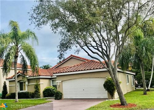 Photo of Listing MLS f10214706 in 1445 Royal Palm Way Hollywood FL 33020