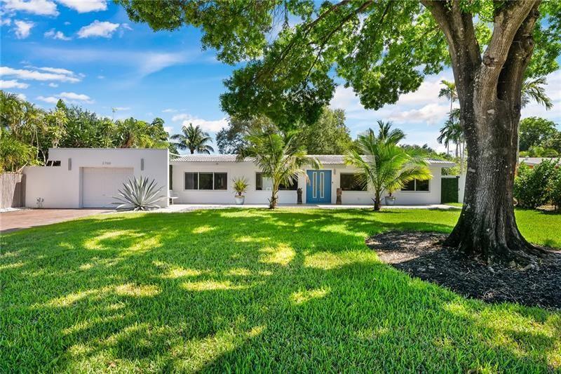 Photo of 2700 NE 2nd Ave, Wilton Manors, FL 33334 (MLS # F10272707)