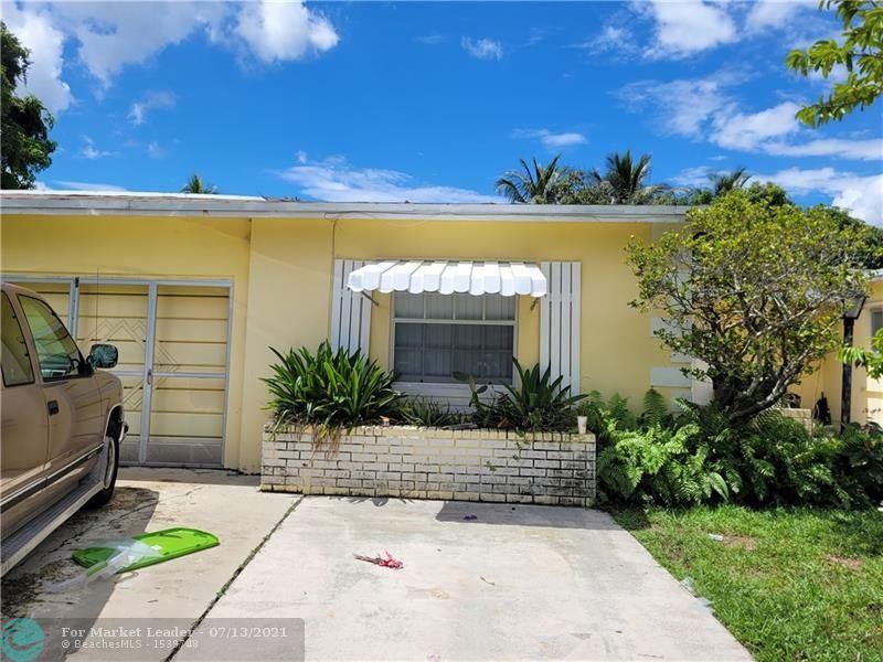 Photo of 6581 SW 9th Pl, North Lauderdale, FL 33068 (MLS # F10292709)