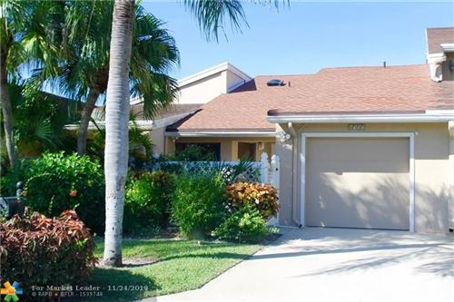 Photo of 6722 Canary Palm Cir, Boca Raton, FL 33433 (MLS # F10204710)