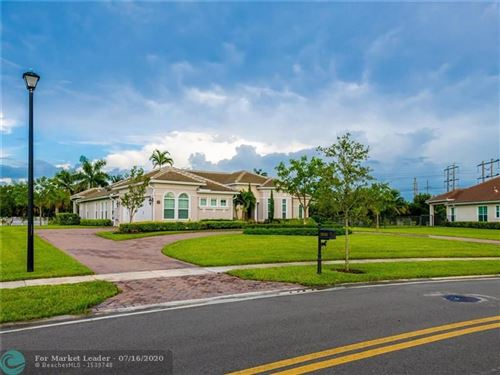 Photo of Listing MLS f10213710 in 5620 S Sterling Ranch Dr Davie FL 33314