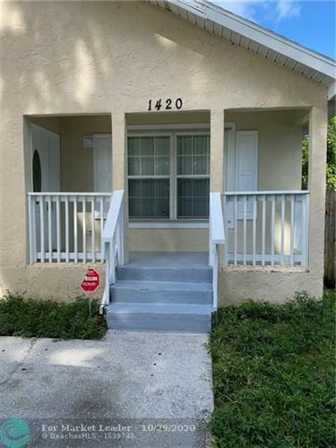 Foto de inmueble con direccion 1420 W 25th St Riviera Beach FL 33404 con MLS F10253711
