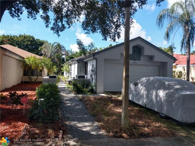 Photo for 3750 NW 19th St, Coconut Creek, FL 33066 (MLS # F10193713)