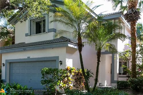 Photo of 10650 NW 1st St, Plantation, FL 33324 (MLS # F10206714)
