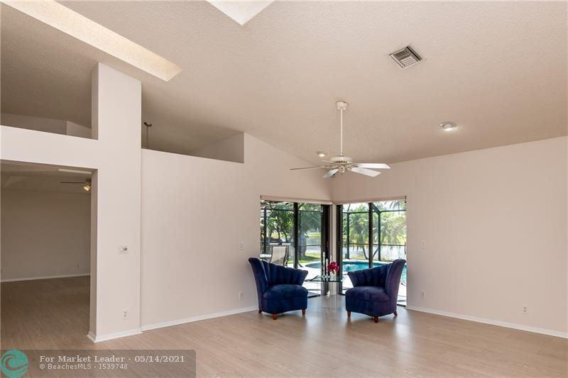 Photo of 829 Hampton Ct, Weston, FL 33326 (MLS # F10280714)