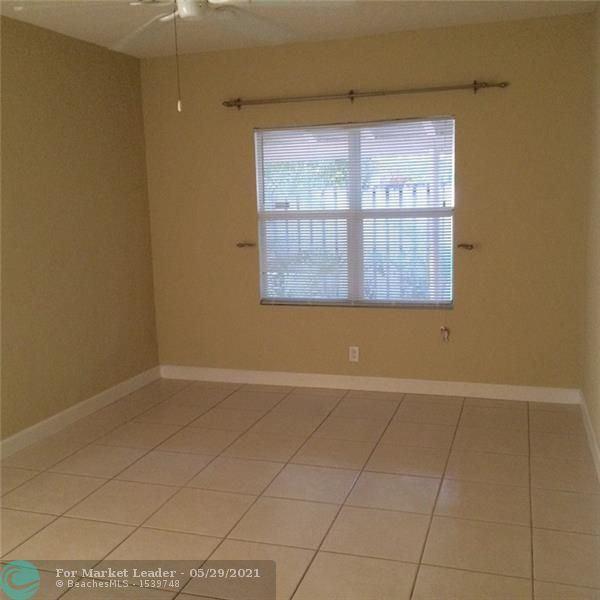 Photo of 301 NE 17th Ave, Fort Lauderdale, FL 33301 (MLS # F10286715)