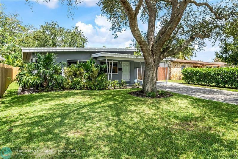 Photo of 1633 NE 16th Ave, Fort Lauderdale, FL 33305 (MLS # F10289715)