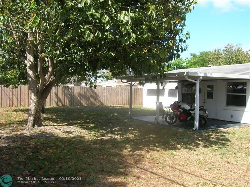 Photo of 2089 SW 37th Ave, Fort Lauderdale, FL 33312 (MLS # F10283716)