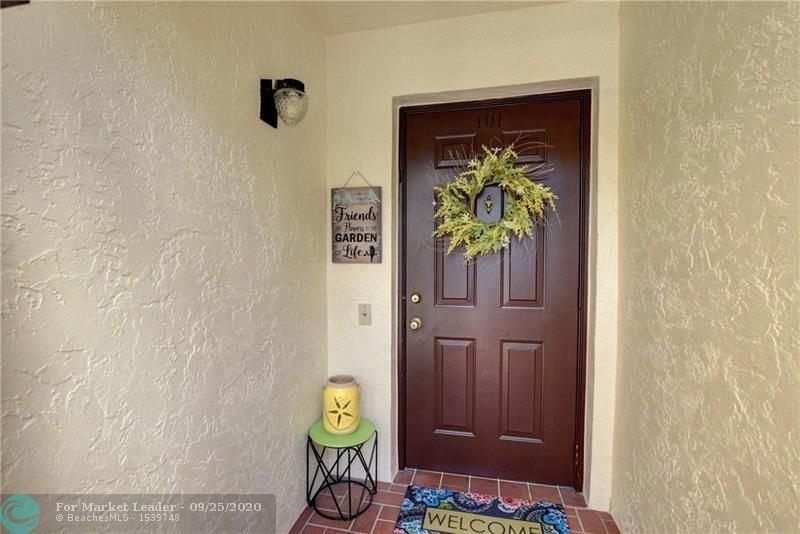 Photo of 10770 Sun Palm Ln #101, Boynton Beach, FL 33437 (MLS # F10250717)