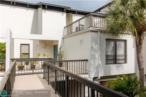 Photo of Listing MLS f10232718 in 900 Greensward Ln #206-G Delray Beach FL 33445