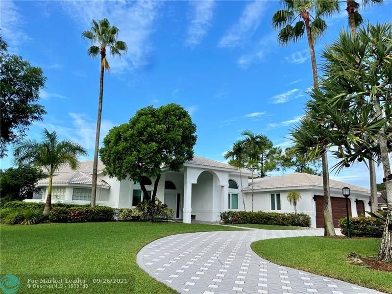 Photo for 8204 NW 63rd Ct, Parkland, FL 33067 (MLS # F10298722)